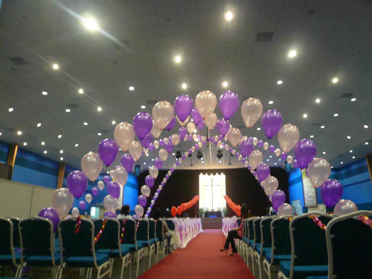 Wedding venue balloon decoration guide on decorating your wedding wedding venue balloon decoration diy wedding venue decoration page decorations malaysia junglespirit Images