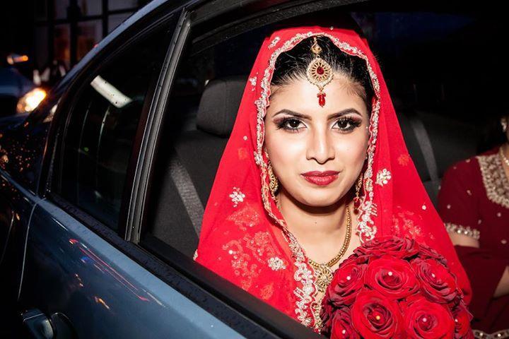 large.London_England__UK_wedding_day_Mus