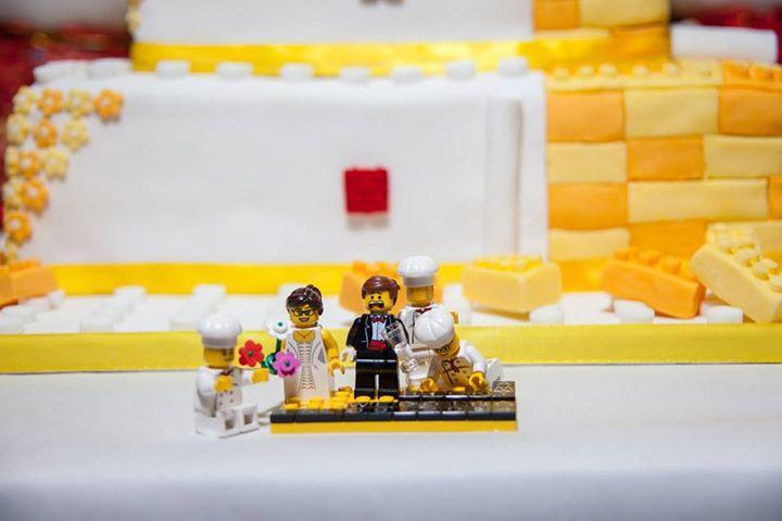 London-UK-wedding-cake-Singaporean-pre-wedding-engagement-wedding-photography-videography-make-up-hair-service.jpg